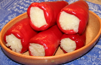 """Vecsesi Fules """"Toltott Kapia"""" Red bell pepper/cabbage, 400g - 800g - 14/box"""